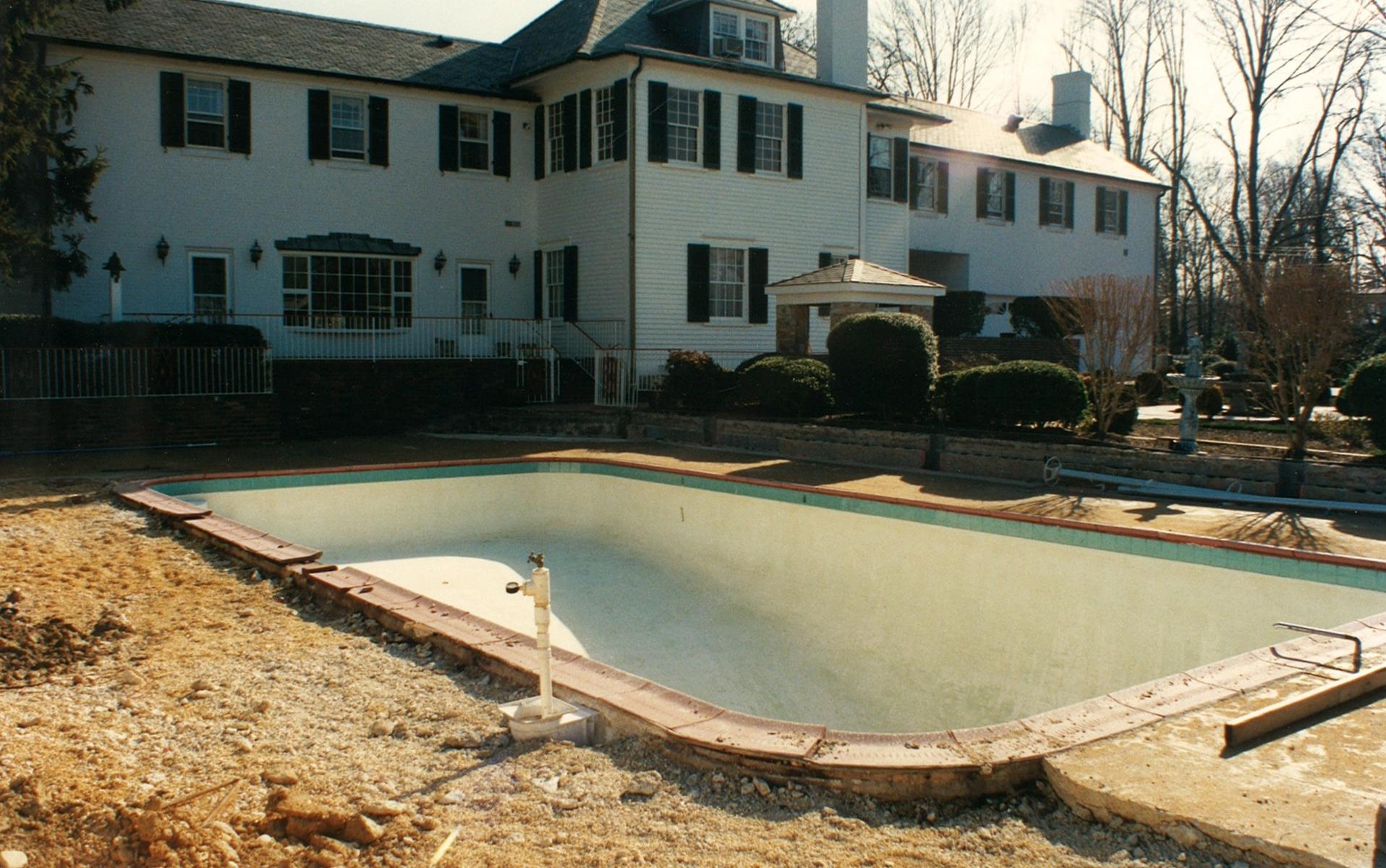 landscaping around an inground pool