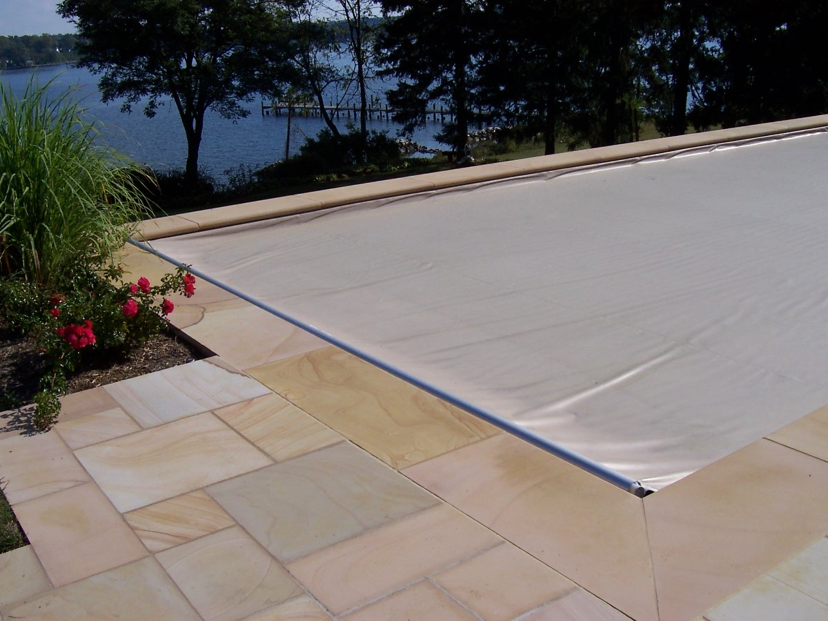 pool cover, swimming pool closing tips