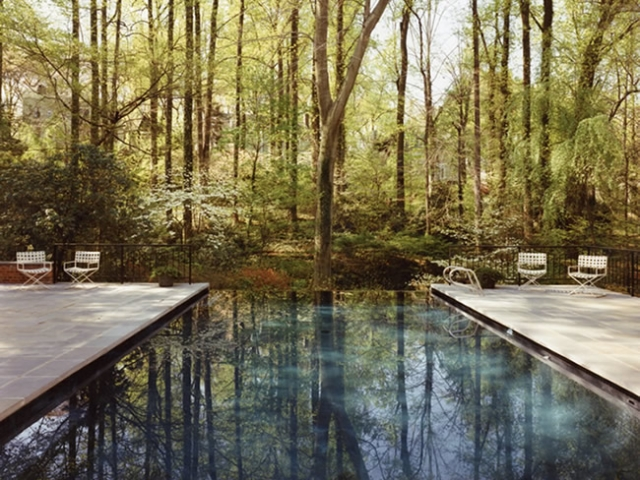 Vanishing edge pool gallery town and country pools for Pool design northern virginia